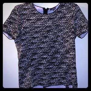 Black & White Vince Camuto Shortsleeved top.
